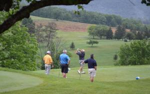 golf-3-2017
